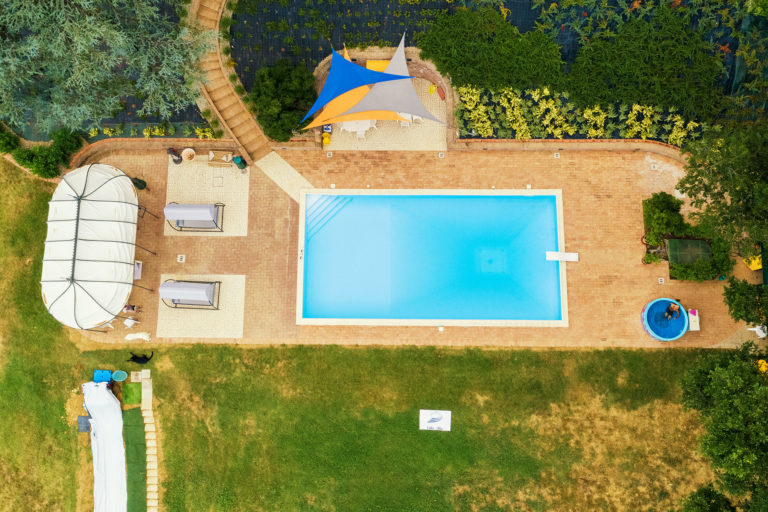 piscina-drone