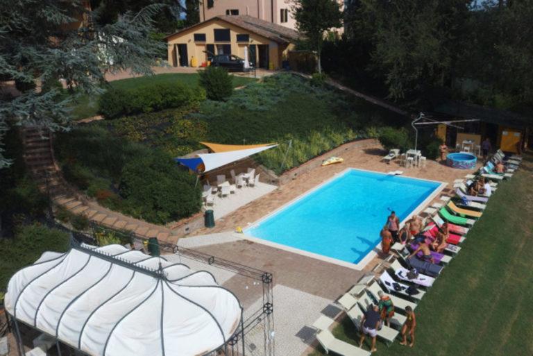 villa-festa-piscina